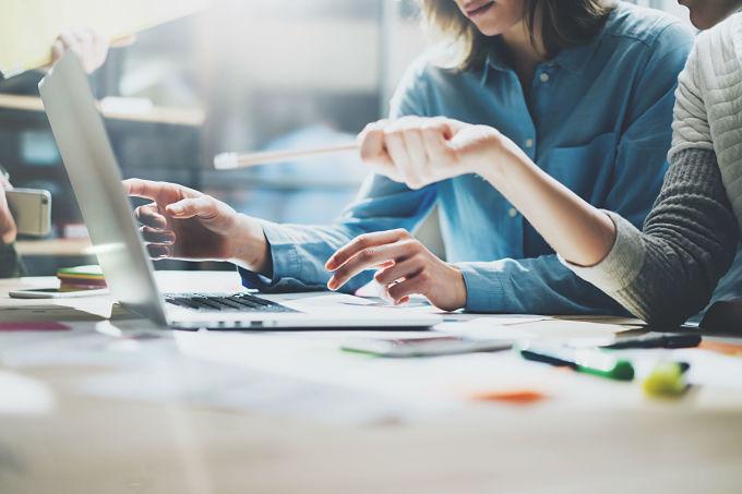 Las Claves De Una Estrategia Digital En El Departamento De Personas #AdqualisRecomienda