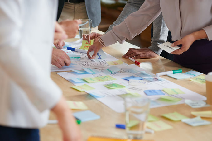 Cinco Técnicas Para Organizar Con éxito Una Sesión De Brainstorming